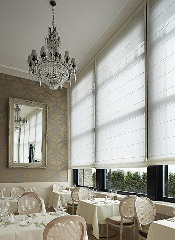 ����� 2013, ���� ������� 2013, ����� ������ 2013 roman-blinds-in-restaurant.jpg